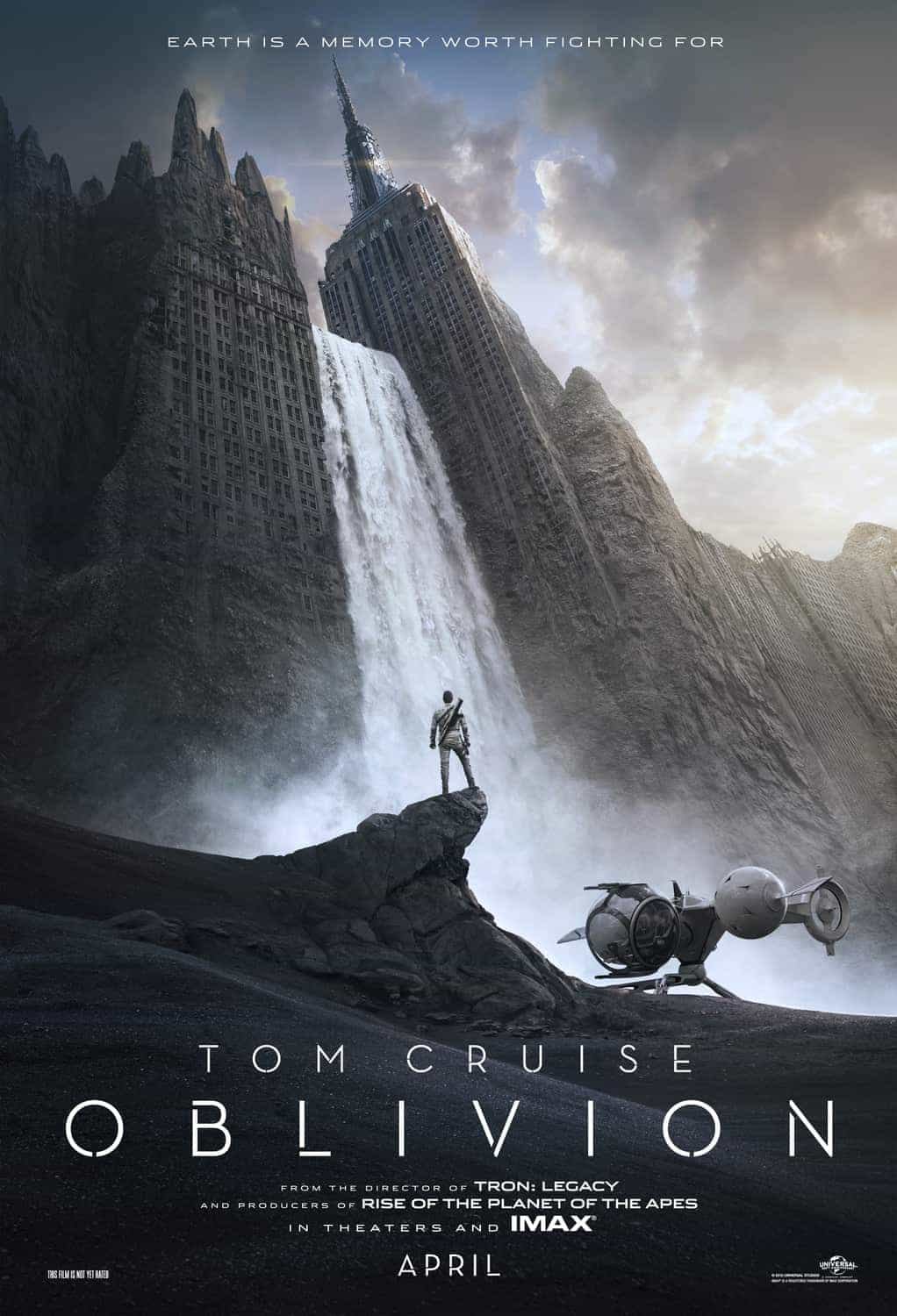 Tom Cruise in Oblivion, first trailer